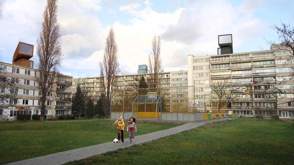 Extra - Parasite - House at CVUT (Prague, CZ)