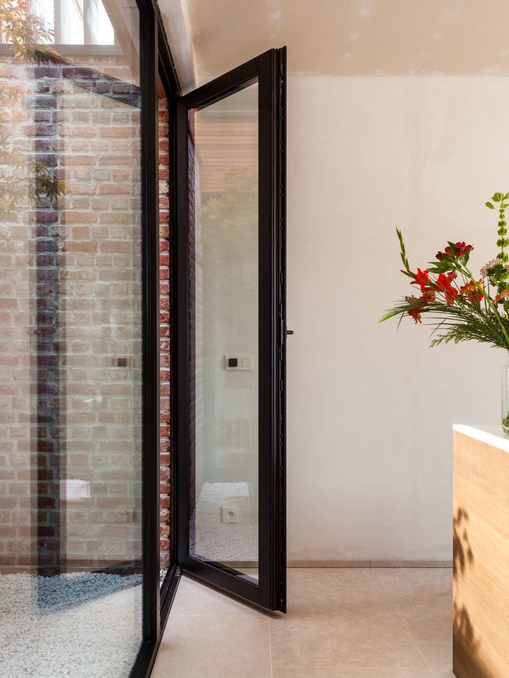 Residence VK by Vandamme-Vandeputte architecten
