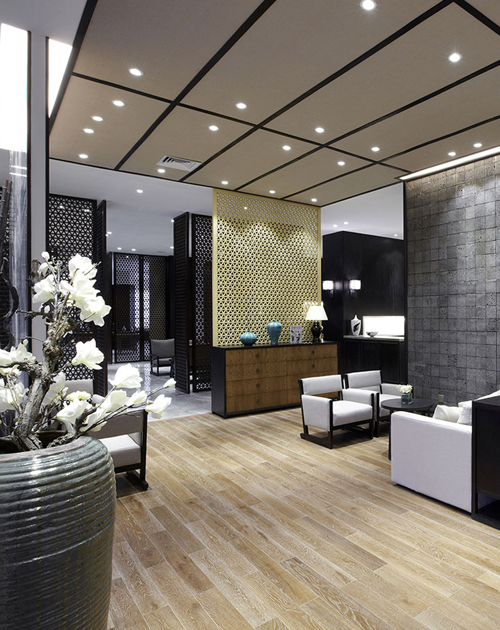 Hotels_Vertical_500px.jpg