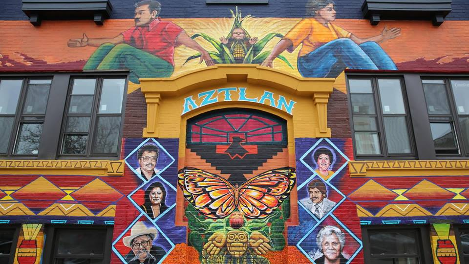 http://www.chicagotribune.com/hoy/ct-the-new-face-of-casa-aztlan-20171214-story.html?platform=hootsuite