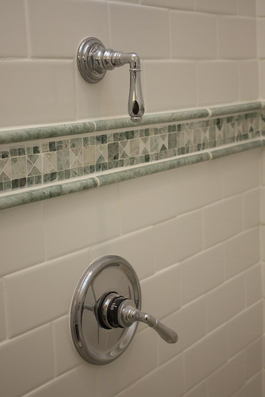 cvisions_bathroom_remodel16.JPG.jpg
