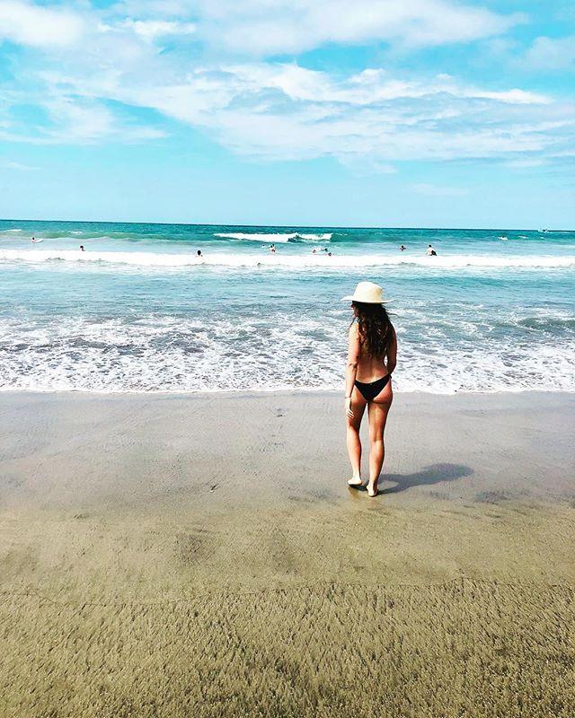 I'm staying. 🌊 . . #sayulita #feelslikehome #happyplace #oceantherapy #medicine #earthing #virgolife