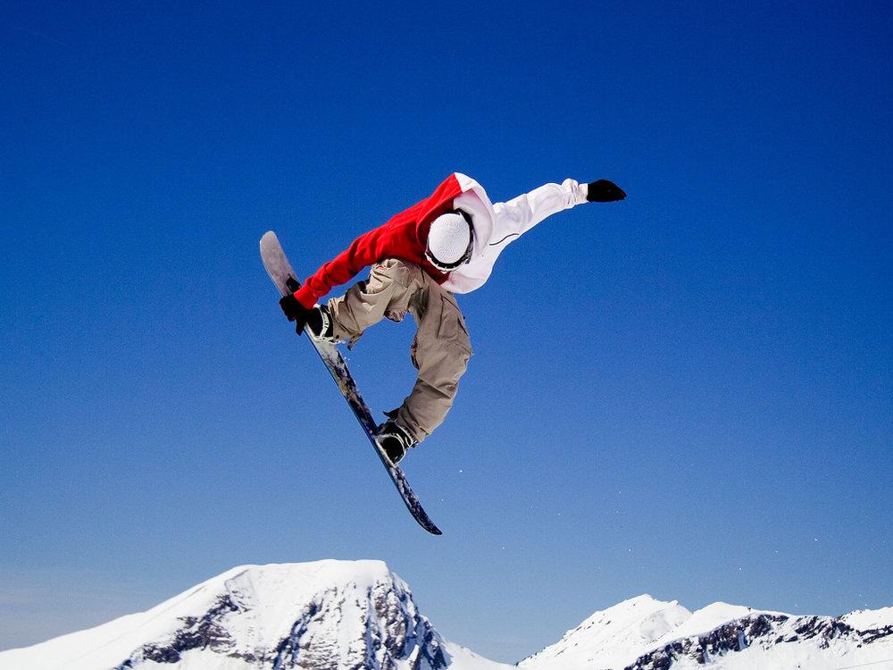 freestyle snowboarding.jpg