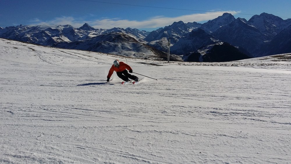ski-1075456_1920.jpg