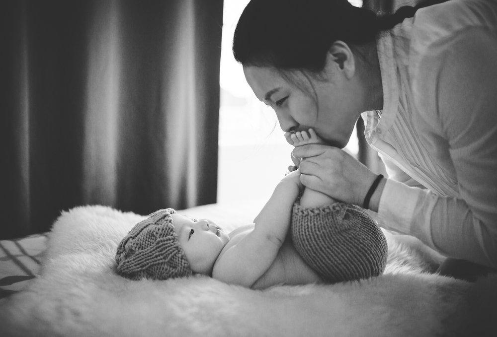 Montreal-baby-children-photographer-Studio-Wei161107-6.jpg
