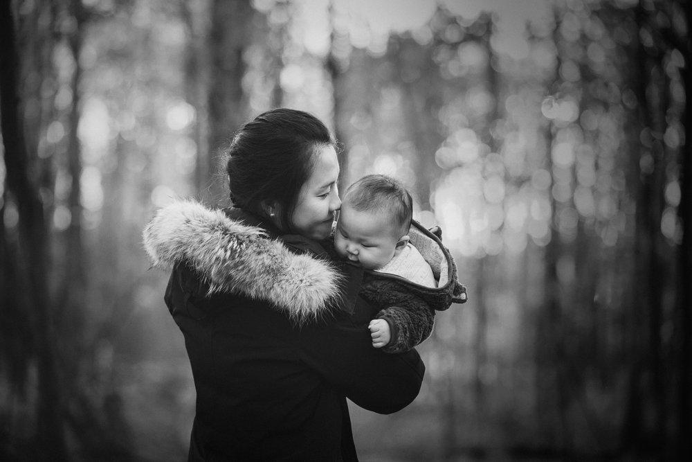 Montreal-baby-children-photographer-Studio-Wei161107-23.jpg