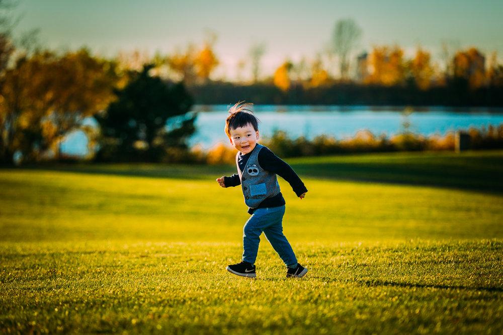 Montreal-baby-children-photographer-Studio-Wei-161019-16.jpg