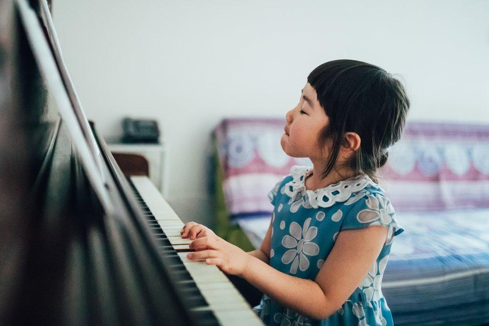 Montreal-baby-children-photographer-Studio-Wei-180609-10.jpg