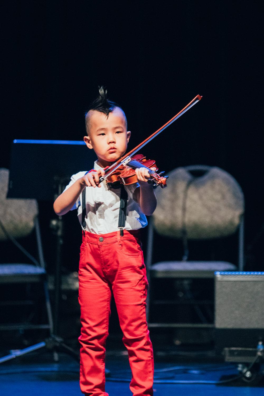 Montreal-baby-children-photographer-Studio-Wei-180616-4.jpg