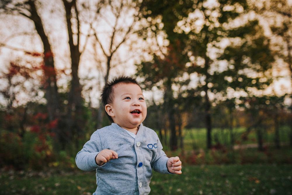 Montreal-baby-children-photographer-Studio-Wei-171022-10.jpg