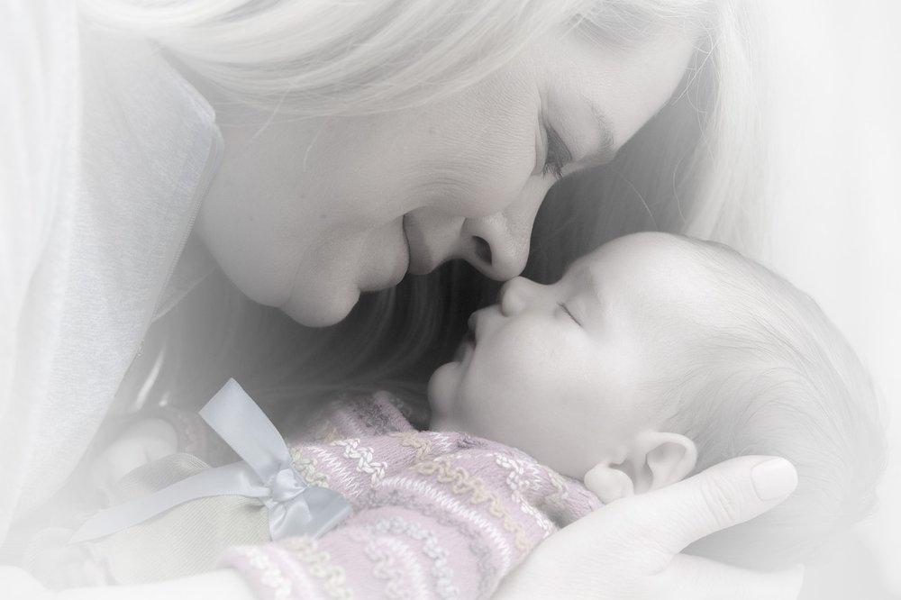 newborn-659685_1280.jpg