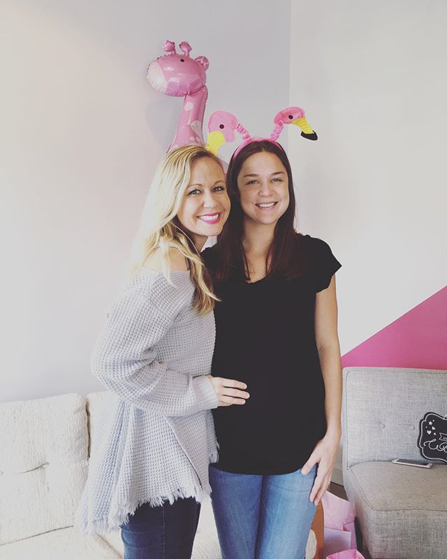 This expecting mamma🤰🏽Ally is our Curator of Creativity. She brightens our day with her quick wit and baton twirls. Her work ethic is unmatched, like a ninja on too much cold brew.  Truly one of the best to work with.  She is going to make a super inspiring and loving mother.  We need more Ally's in this world and can't wait for baby Parker to join the Flamingo Family💕  @allyabramsss @keylimecreatives @jaime_j #babymingo