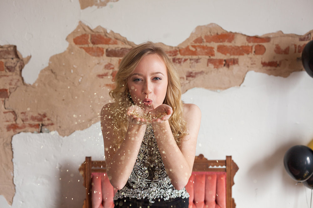 Willow-Oak-Photography-Jackson-TN-Senior-Pictures-Poses