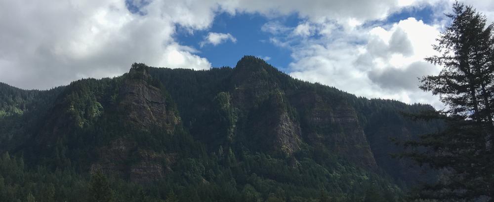 Hills_pierrerobichaud