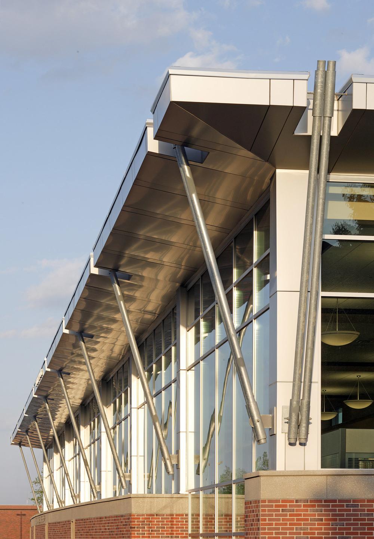 UNO---Criss-Library_001.jpg