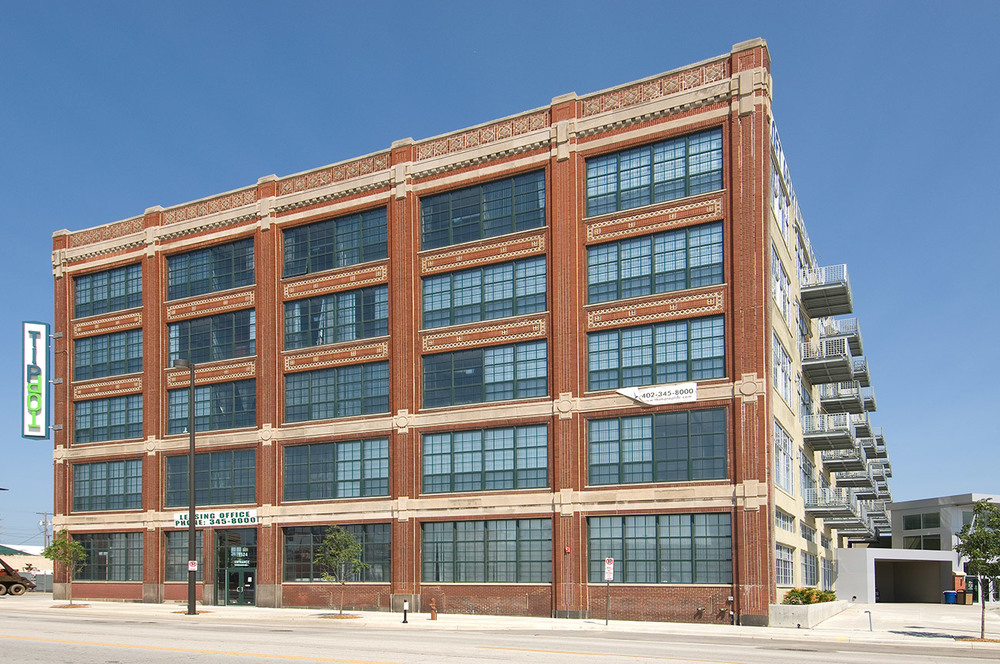 NuStyle---Model-T-Ford-Bldg-Tip-Top-Apts_082.jpg