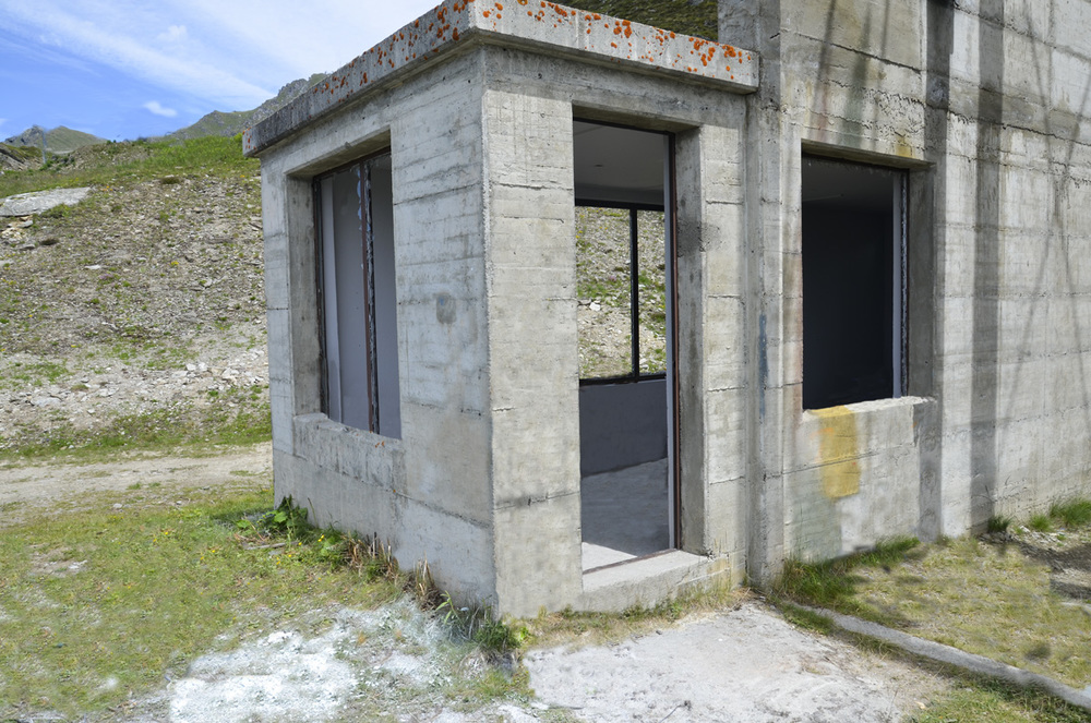 16_Vatreen Room.jpg