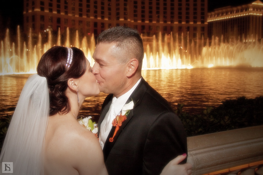 wedding on Las Vegas strip