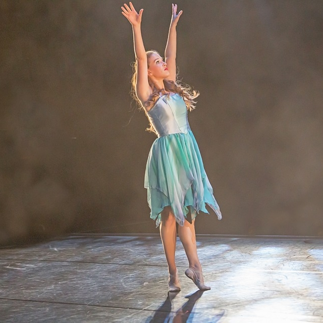 04 ballerina.jpg