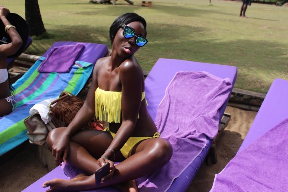Girls on Lou Moon Beach 4
