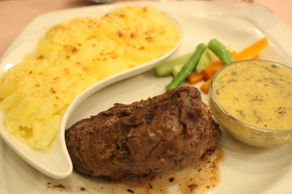 Beef fillet parisian sauce potato lyonnaise planter's lodge