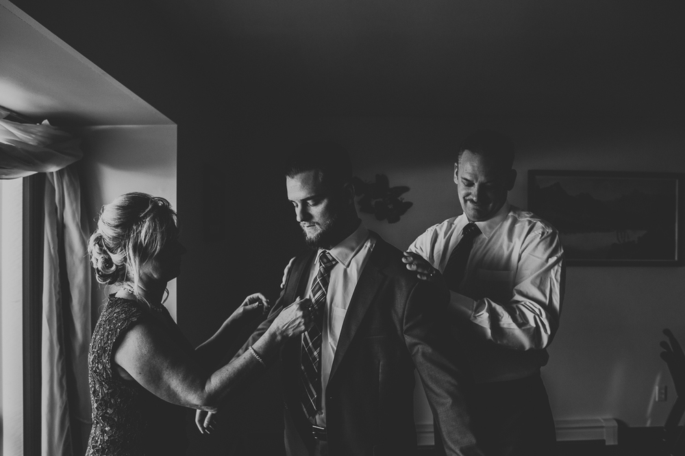 Long_Island_New_York_Three_Village_Inn_Wedding_Photography-22.jpg