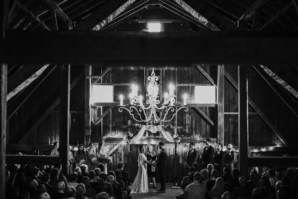 Pennsylvania_Wedding_Photography_Friedman_Farms-39.jpg