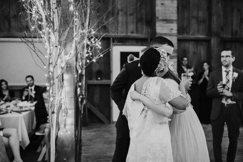 Pennsylvania_Wedding_Photography_Friedman_Farms-97.jpg