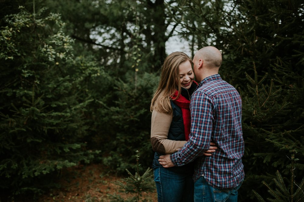 washington-dc-christmas-tree-farm-engagement-photographer 10.jpg