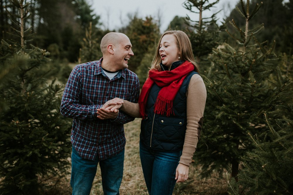 washington-dc-christmas-tree-farm-engagement-photographer 19.jpg