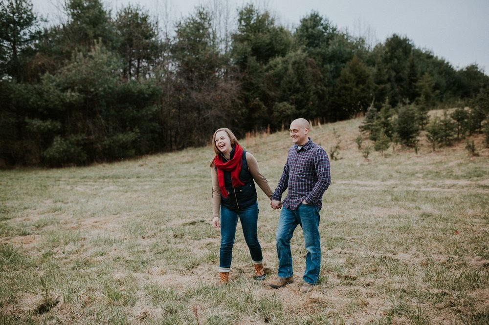 washington-dc-christmas-tree-farm-engagement-photographer 26.jpg