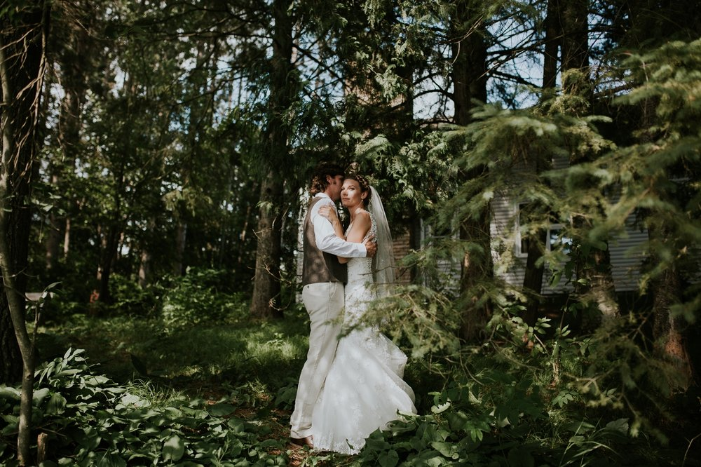 rhinelander-wisconsin-holiday-acres-lakeside-wedding-photographer 79.jpg