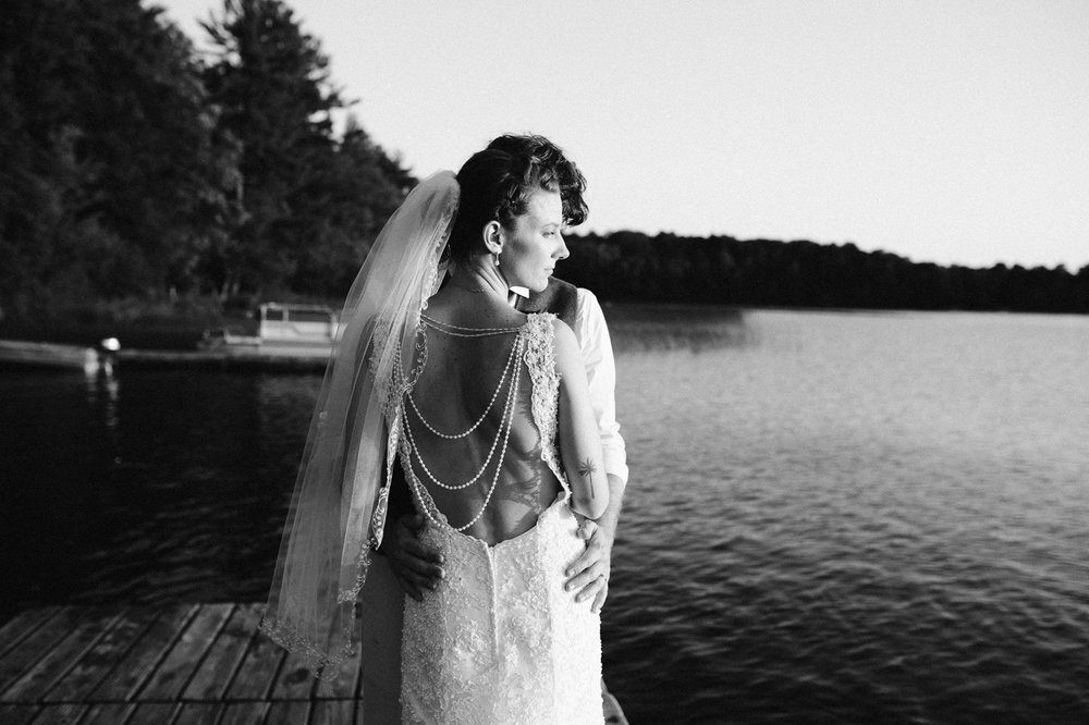 rhinelander-wisconsin-holiday-acres-lakeside-wedding-photographer 137.jpg