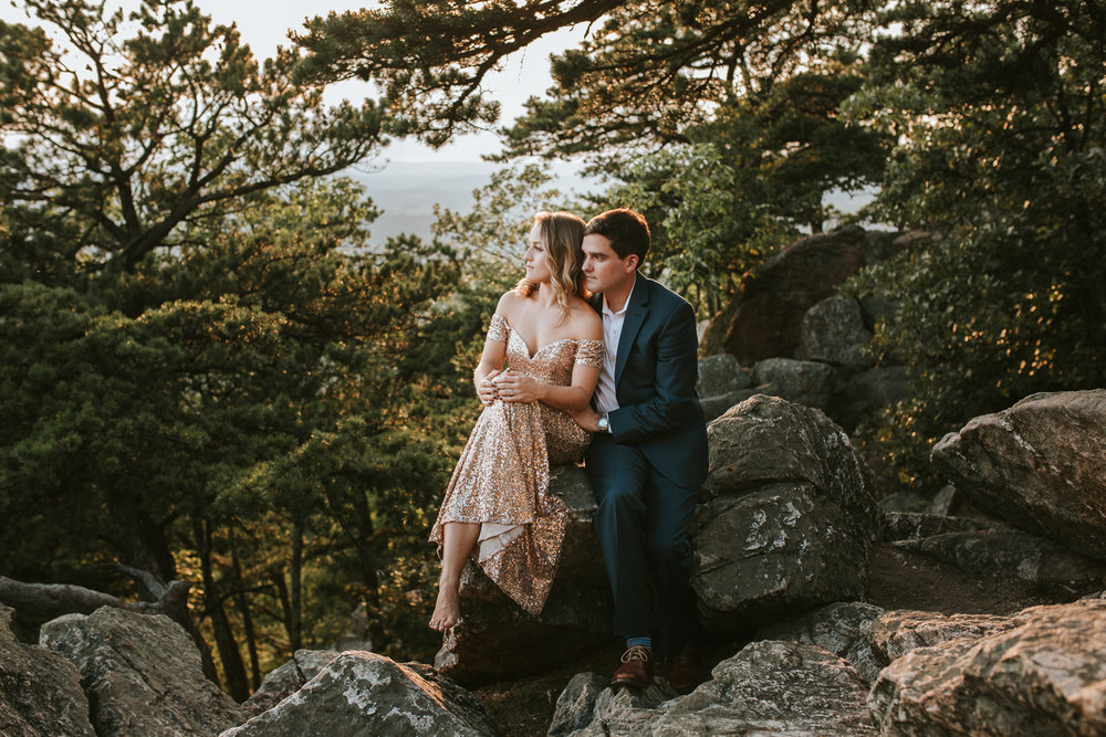 sugar_loaf_mountain_maryland_mountain_top_engagement_photographer-13.jpg