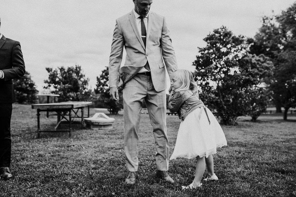 phoenix_maryland_barn_silo_hill_wedding_photographer 33.jpg