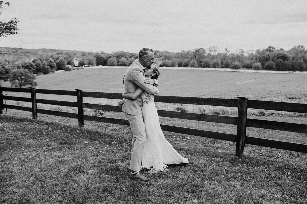 phoenix_maryland_barn_silo_hill_wedding_photographer 41.jpg