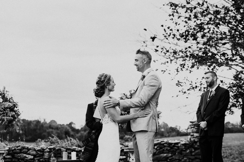 phoenix-maryland-barn-silo-hill-wedding-photographer 10.jpg