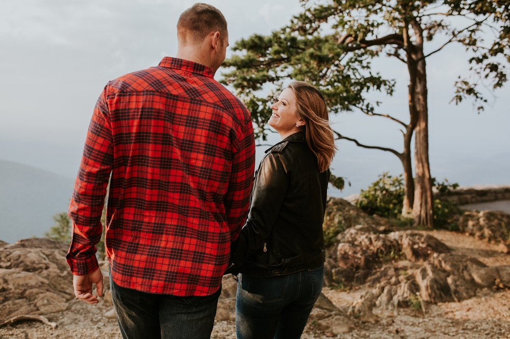 ravens-roost-afton-virginia-mountain-top-engagement-photographer 8.jpg