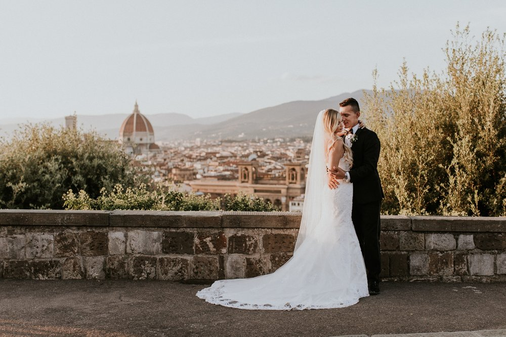 florence-italy-elopement-wedding-photographer-villa 9.jpg