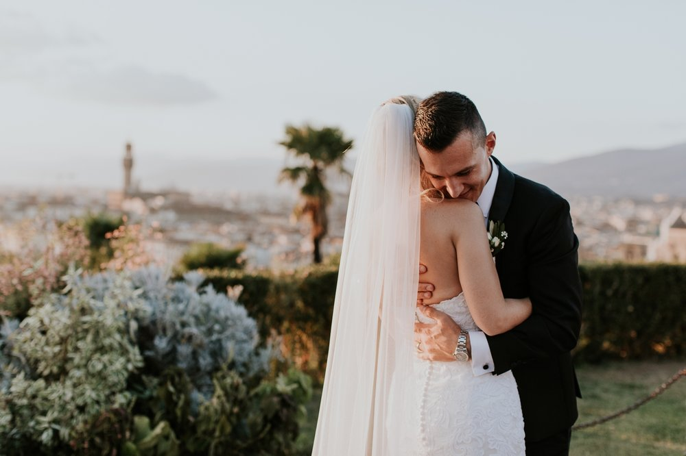florence-italy-elopement-wedding-photographer-villa 17.jpg