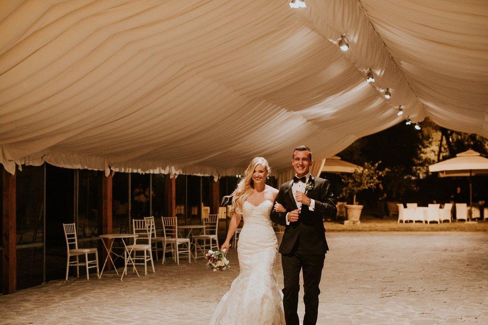 florence-italy-elopement-wedding-photographer-villa 31.jpg