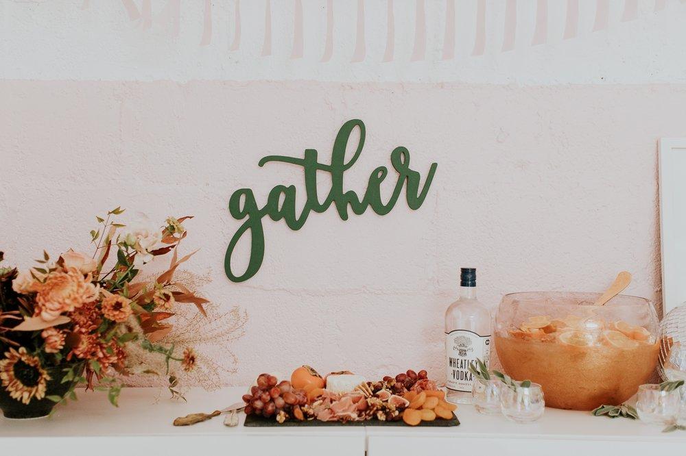 friendsgiving-thanksgiving-holiday-decor-tablescape-inspiration 2.jpg
