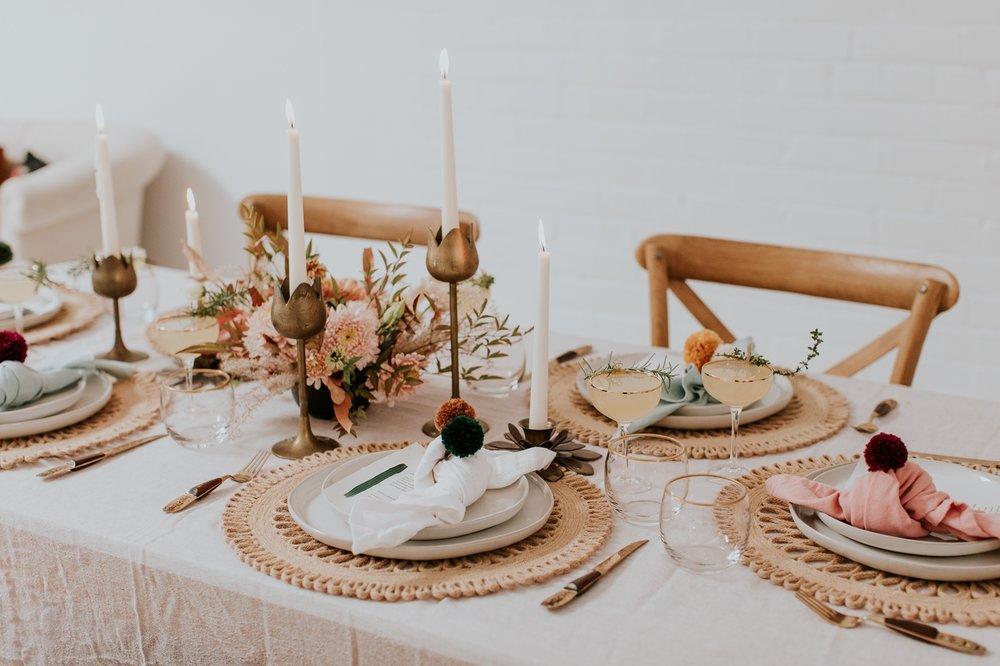 friendsgiving-thanksgiving-holiday-decor-tablescape-inspiration 8.jpg