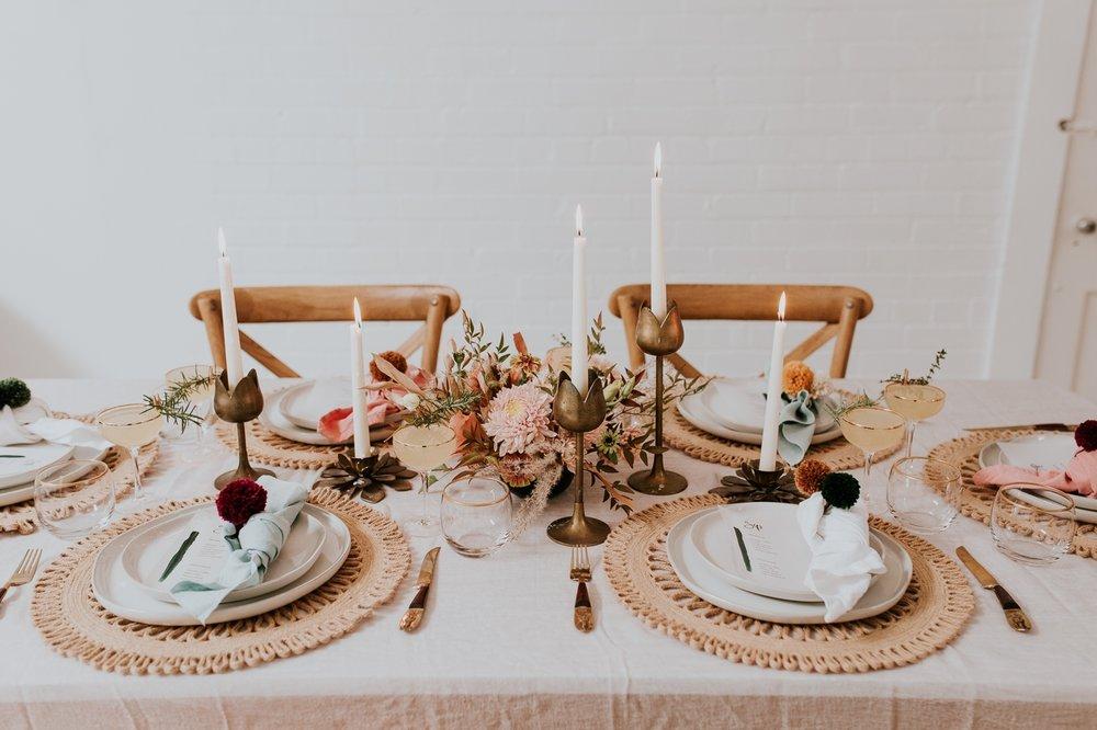 friendsgiving-thanksgiving-holiday-decor-tablescape-inspiration 12.jpg