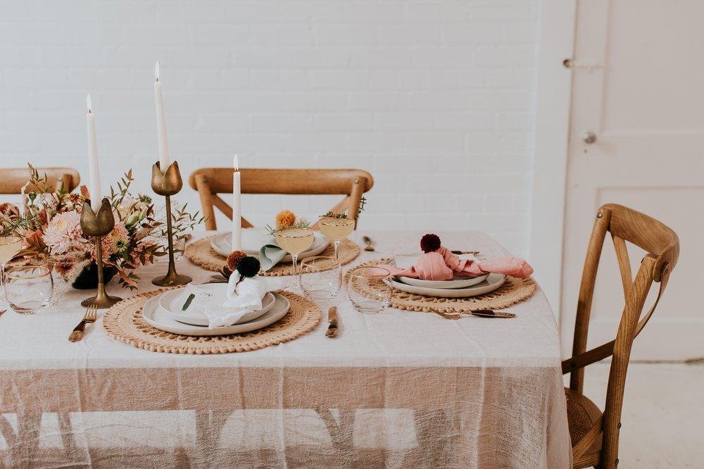 friendsgiving-thanksgiving-holiday-decor-tablescape-inspiration 13.jpg
