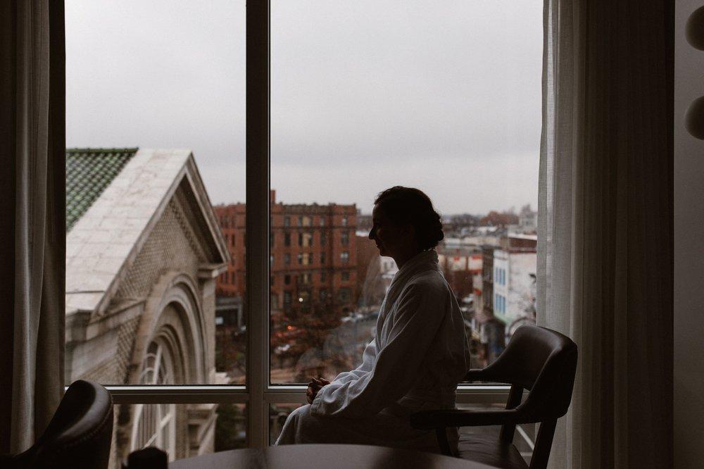 washington-dc-the-line-hotel-bride-getting-ready-photographs 12.jpg
