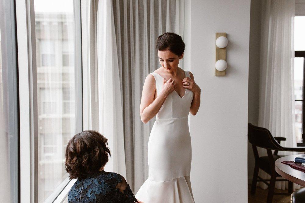 washington-dc-the-line-hotel-bride-getting-ready-photographs 19.jpg