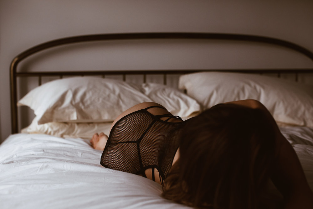 washington-dc-boudoir-photographer-the-line-hotel-25.jpg