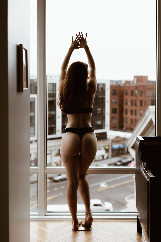 washington-dc-boudoir-photographer-the-line-hotel-55.jpg