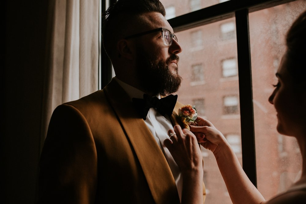 chicago-illinois-downtown-urban-elopement-wedding-photographer 15.jpg